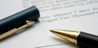 is staff handbook part of employment contract