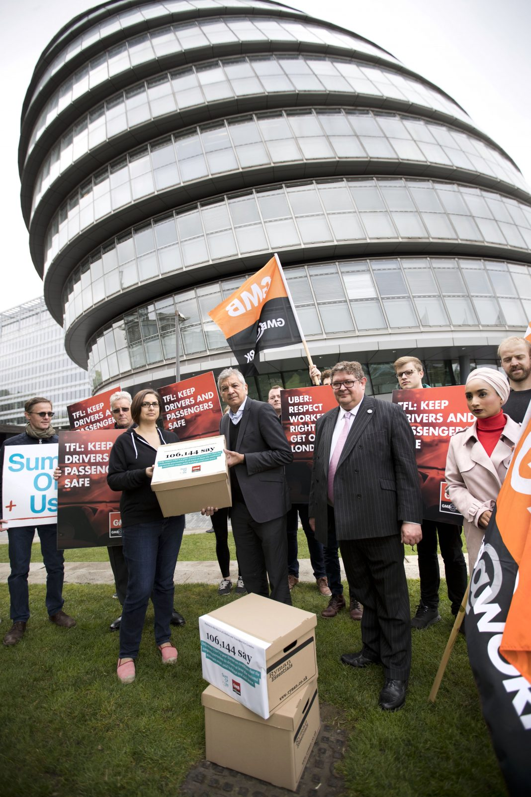 GMB-claims-victory-over-uber-licence